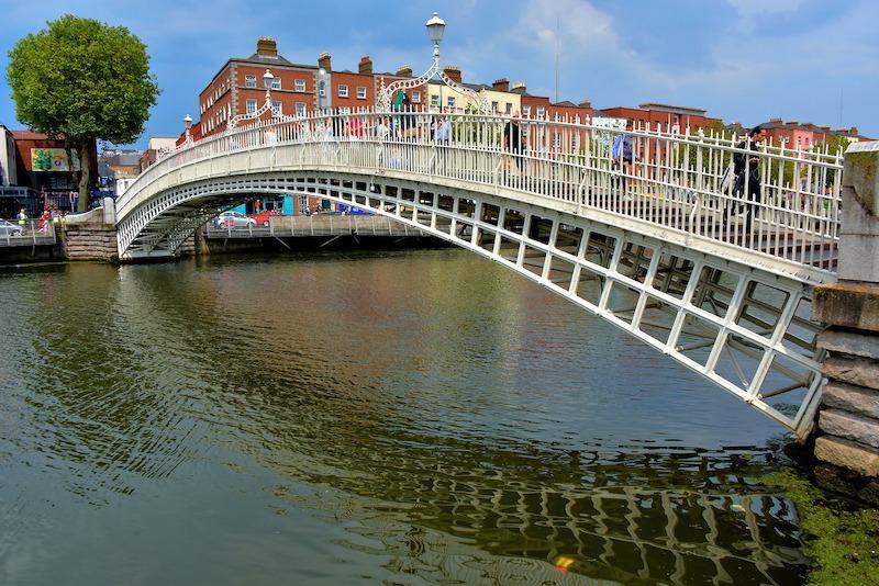 Ponte Ha'penny em Dublin