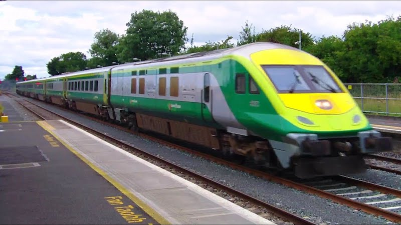 Viajar de trem na Irlanda