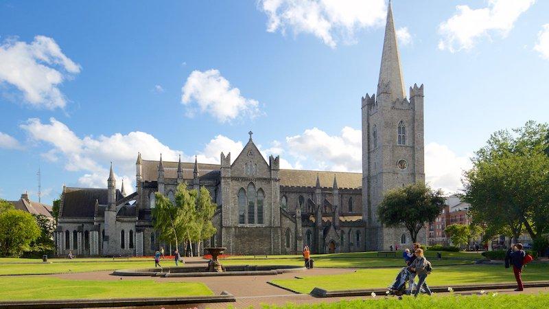 Catedral St Patrick e jardim